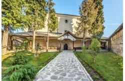 """Църквата """"Света Троица"""" в Банско"""